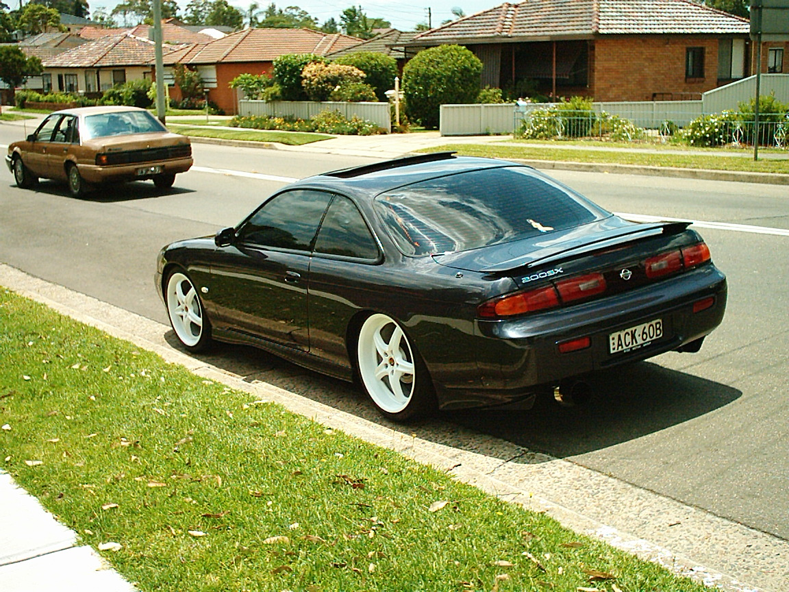 Car: Nissan 200sx S14